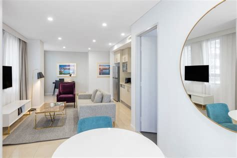 one bedroom luxury suite one bedroom luxury suite pitt street sydney meriton suites