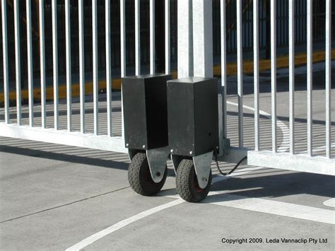 security swing gate security dual swing gate leda security products