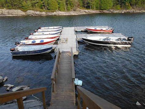 boats motors03 fishing french river bear s den lodge - Fishing Boat Rentals French River