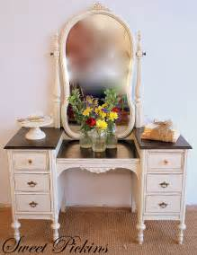 Refinished Bedroom Vanity Before After Refinished Antique Vanity Sweet