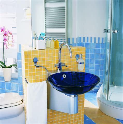 blaues und gelbes badezimmer 40 erstaunliche badezimmer deko ideen