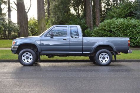 old cars and repair manuals free 1992 toyota 4runner windshield wipe control 1 owner 1992 toyota pickup extra cab 4x4 v6 5 speed manual only 92 247 miles for sale