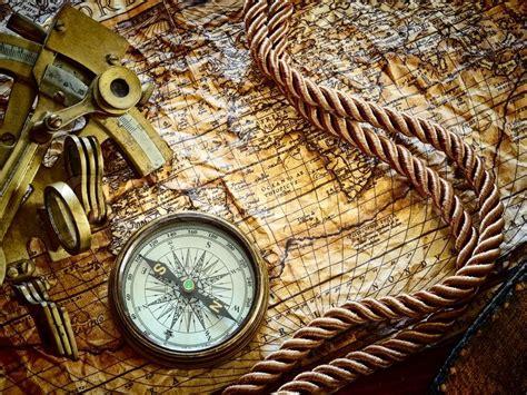 sextant compass vintagestill leben mit kompass sextant und alte karte