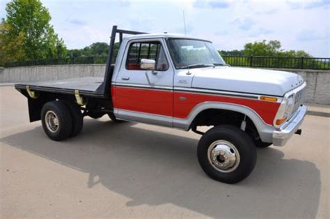 purchase   ford   flatbed  dual rear