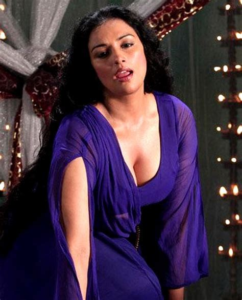 Swetha Menon It Wasn T Easy But I Had To Expose The Misdeed Rediff Com Movies