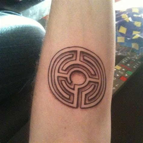 labyrinth tattoo designs how will we escape this labyrinth of suffering tattoos