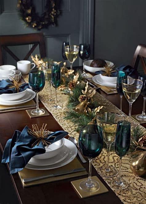 decorating for christmas with gold blue and gray en iyi masa dizaynı en g 252 zel evler