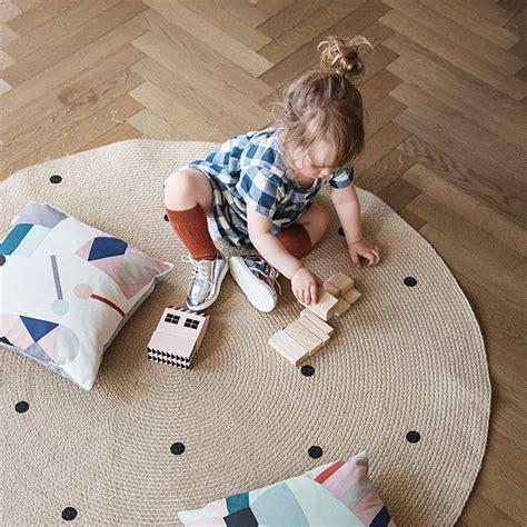 jute teppich rund black dots jute rug by ferm living in the shop