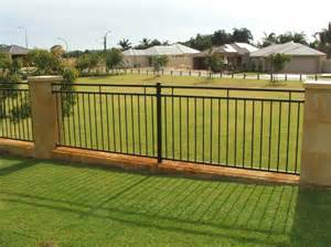 boundary fences fence crafters fence contractor south