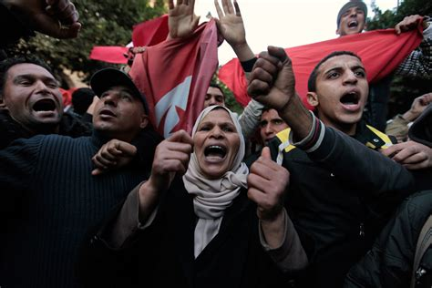 donne tunisine a letto i tunisini hanno vinto il premio nobel per la pace