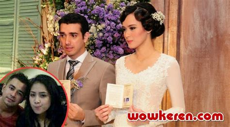 raffi ahmad gandeng nagita slavina di pernikahan fachri albar raffi ahmad dan nagita malu malu hadir di pernikahan