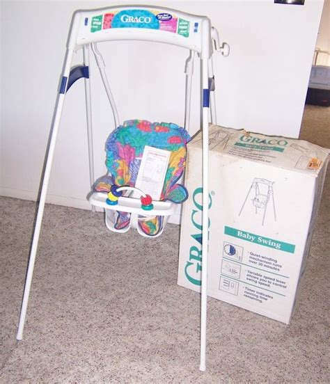 baby wind up swing vintage graco swingomatic wind up crank infant baby swing