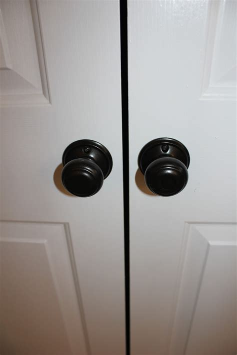 Closet Door Knobs And Pulls Peahen Pad Updating Door Hardware