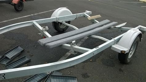 pontoon boat trailer modifications boat trailer bunk replacement youtube