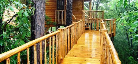 cottages in arkansas treehouses in eureka springs arkansas treehouse cottages