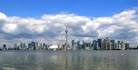 mobile city toronto reportedly nearing deal with city of toronto for