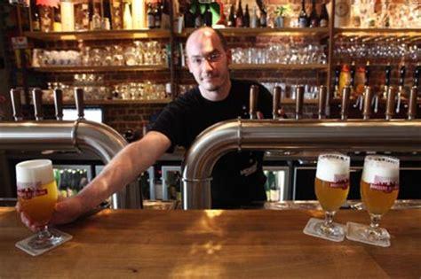 comptoir de la biere moeder lambic bar bruxelles belgique a m 232 re de tous