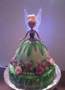 you have to see tinkerbell cake by deannasb