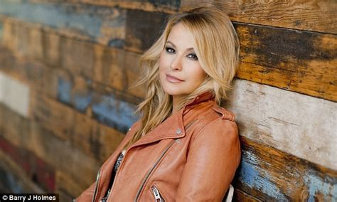 anastacia best of you anastacia on how second battle with cancer has made