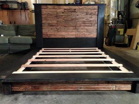 queen size pallet bed plans diy wood pallet bed with headboard 101 pallets