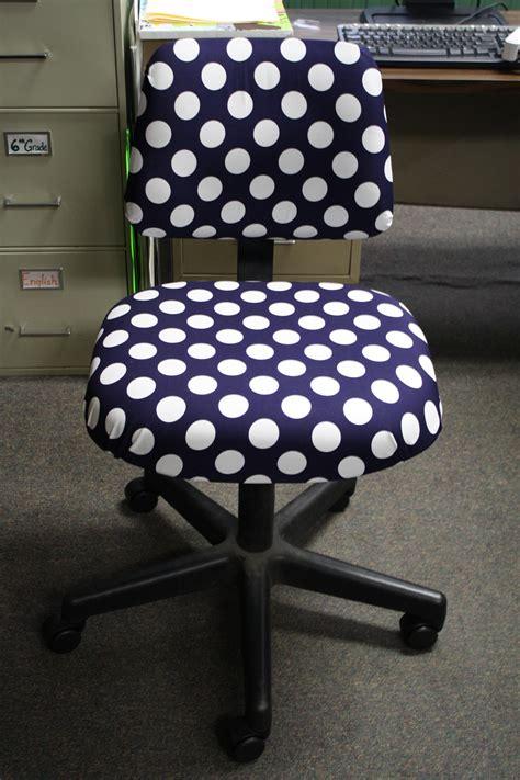 diy polka dot chair great summer project casa de
