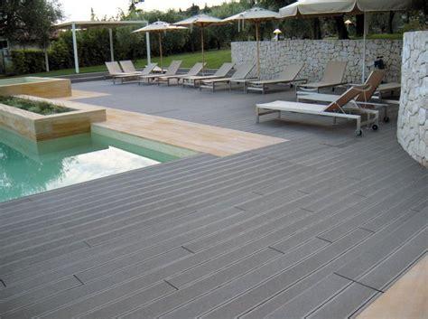 costo pavimento in legno pavimento per esterni wpc alveolare costo al mq