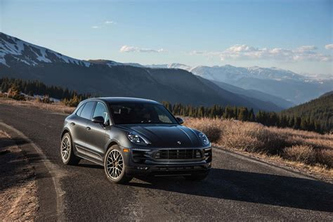 macan porsche 2017 2017 porsche macan reviews and rating motor trend