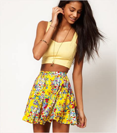 7 Skirts For End Of Summer 7 flirty floral skirts for summer