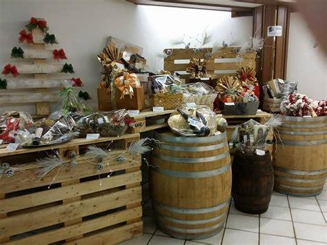 tavoli per negozi tavoli per negozi d abbigliamento mobili in pallet