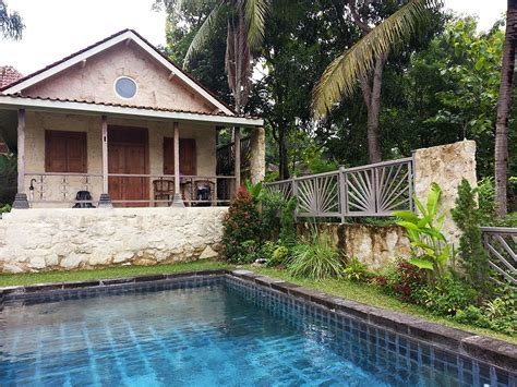 airbnb yogyakarta villa sunset jogjakarta my first airbnb experience