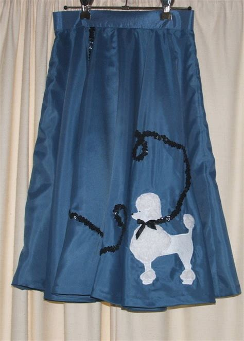 simple pattern for poodle skirt blue poodle skirt sewing projects burdastyle com