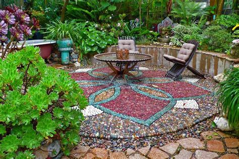 Must See Outdoor Landscape Mosaic Ideas Mozaico Blog Mosaic Garden Ideas
