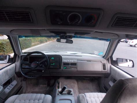 1994 Suburban Interior 1994 chevrolet suburban interior pictures cargurus