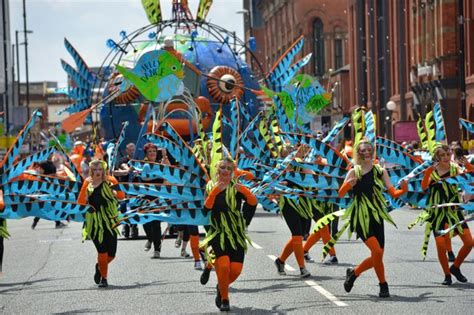 new year parade manchester 2015 manchester day 2015 internationally renowned artists pass