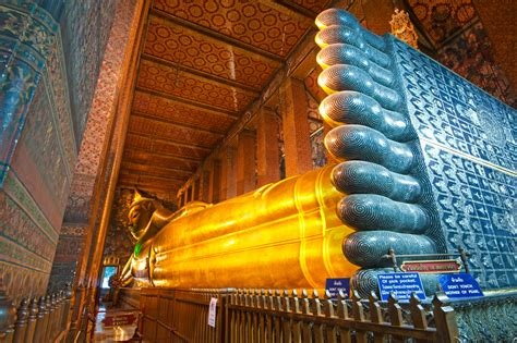 reclining buddha at wat pho top 5 temples to see in bangkok
