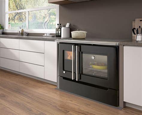 modelli  cucine  legna  forno integrato