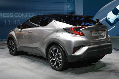 toyota chr toyota s vezel fighter c hr will be available with a 1