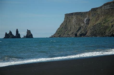 where is the black sand vik black sand iceland travel iceland