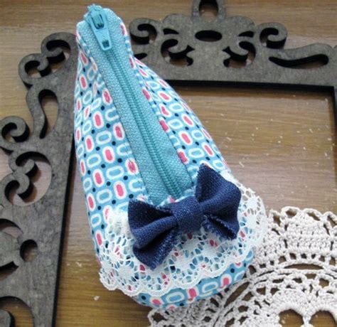 zippered coin pouch pattern pretty zippered slipper coin purse pdf sewing pattern