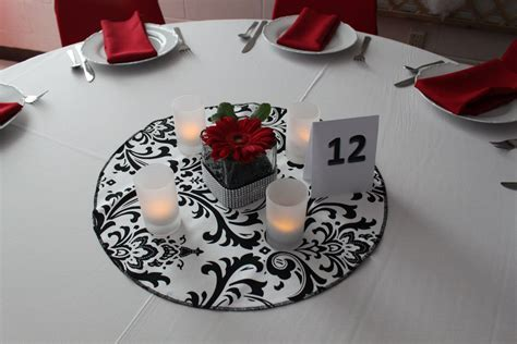 DAMASK Table Round for Centerpieces, cotton damask table