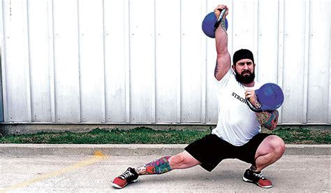 double kettlebell swing 4 double kettlebell workouts for mass strength