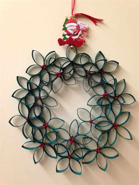 fiori natalizi di carta decorazioni con i rotoli di carta igienica decorazioni di