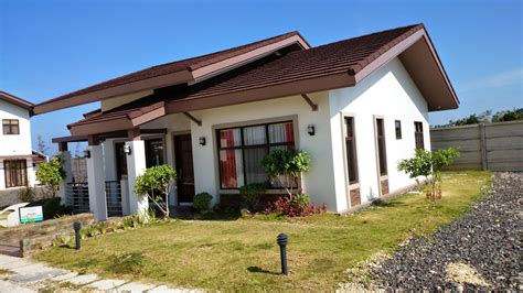 houses com average houses in the philippines philippines information