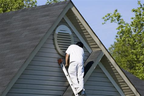 how to be a house painter how to find an exterior house painter in maryland atlantic maintenance group
