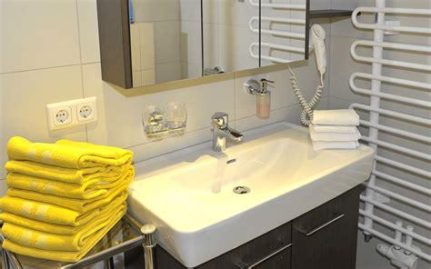moderne küchenfliesen wand ikea regale schlafzimmer