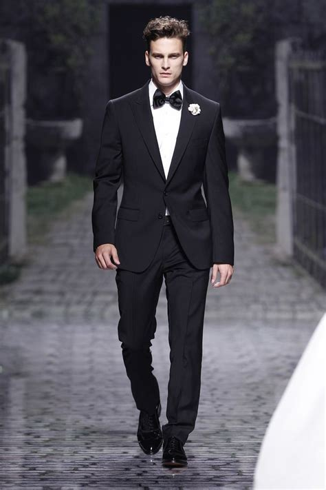 17 Best ideas about Wedding Suits For Groom on Pinterest