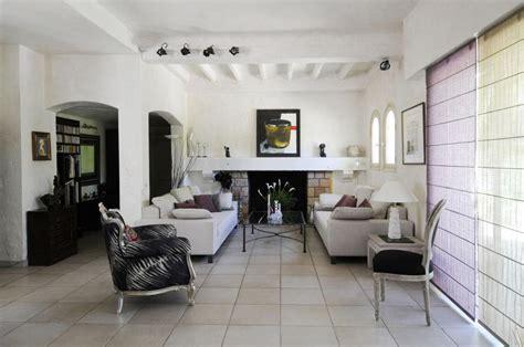 French Country Living Room Ideas   Homeideasblog.com