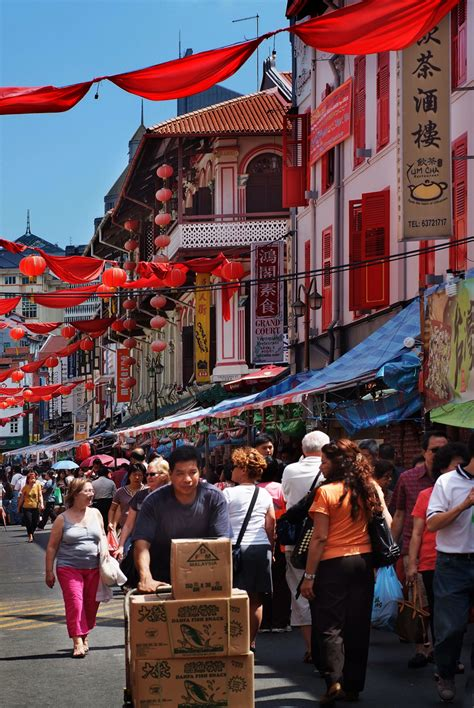 new year chinatown singapore file new year in chinatown singapore 3212670506