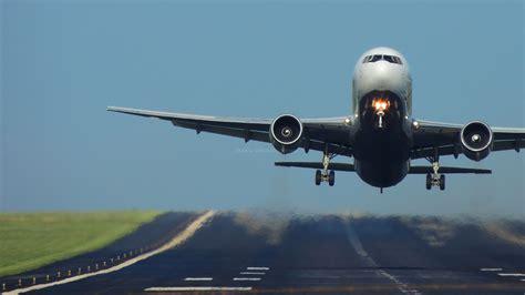 air freight negotiating market turbulence pfe express