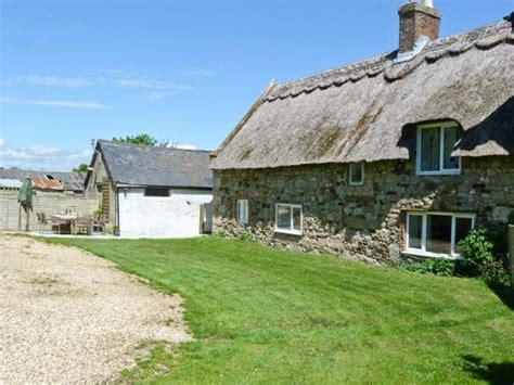Isle Of Wight Cottage With Pool by Hill Farm Cottage Freshwater Norton Green South Of